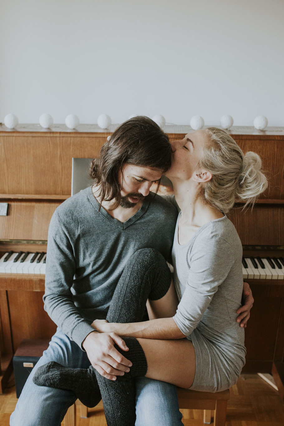 IndorStylishAppartmentCouplesSessions 7